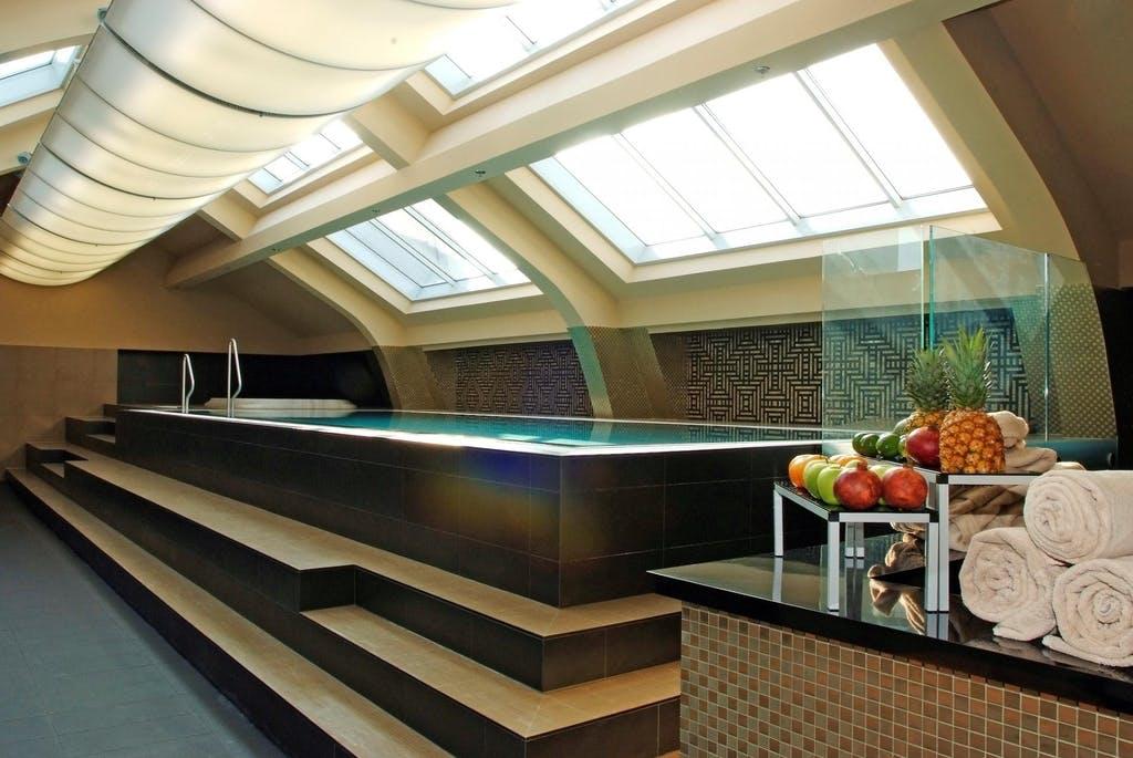 Continental Hotel Budapest  – Vrhunski odmor u glavnom gradu Mađarske, Budimpešta, Mađarska – 1.510 HRK – 2x noćenje s doručkom u standard sobi za 2 osobe, Besplatni ulaz u wellness i fitness