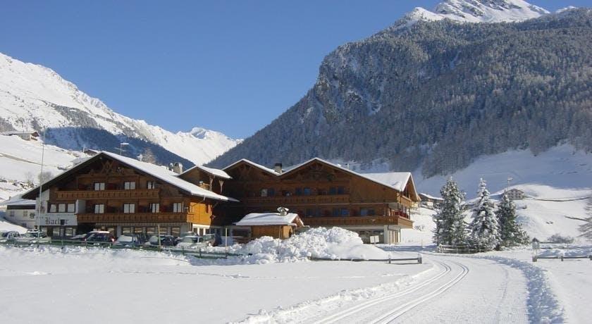 Hotel Bacher – Wellness u Italiji, Sand in Taufers, Italija – 3.333 HRK – 4x noćenje s polupansionom za 2 osobe, 1x organizirano hodanje po snijegu