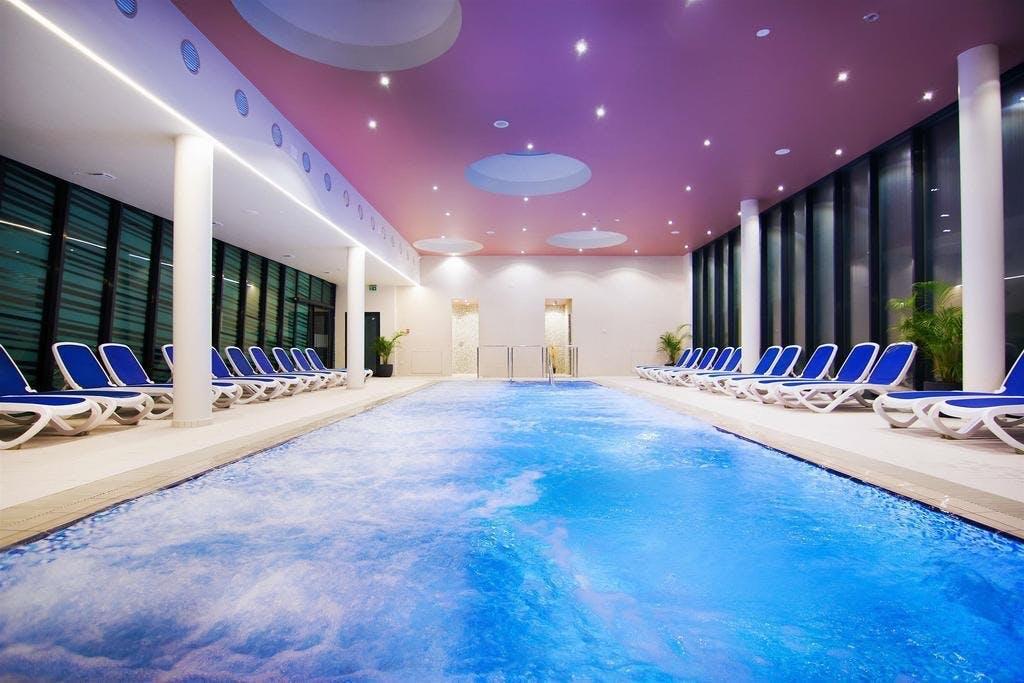 Hotel Vivat Superior – Last minute, Moravske Toplice, Slovenija – 817 HRK – 1x noćenje s uključenim polupansionom u dvokrevetnoj sobi u Hotelu Vivat 4* Superior za 2 osobe, Neograničeno kupanje u termalnom bazenskom kompleksu