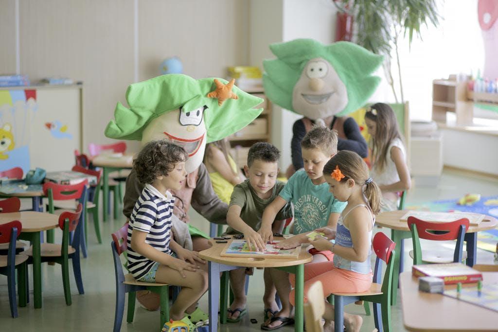 Family Hotel Vespera – All inclusive wellness odmor za cijelu obitelj, Mali Lošinj, Hrvatska – 3.945 HRK – 2x noćenje s polupansionom za 2 osobe (2 djece do 16 godina besplatno), Program aktivnosti i večernji animacijski program za djecu i odrasle