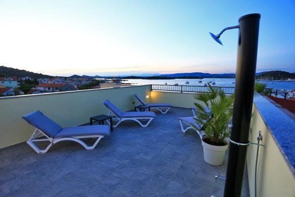 Stella Apartmani – Wellness odmor na Murteru, otok Murter, Dalmacija, Hrvatska – 1.255 HRK – 2x noćenje u apartmanu za 4 osobe, Korištenje fitness studija, wellnessa i relax zone