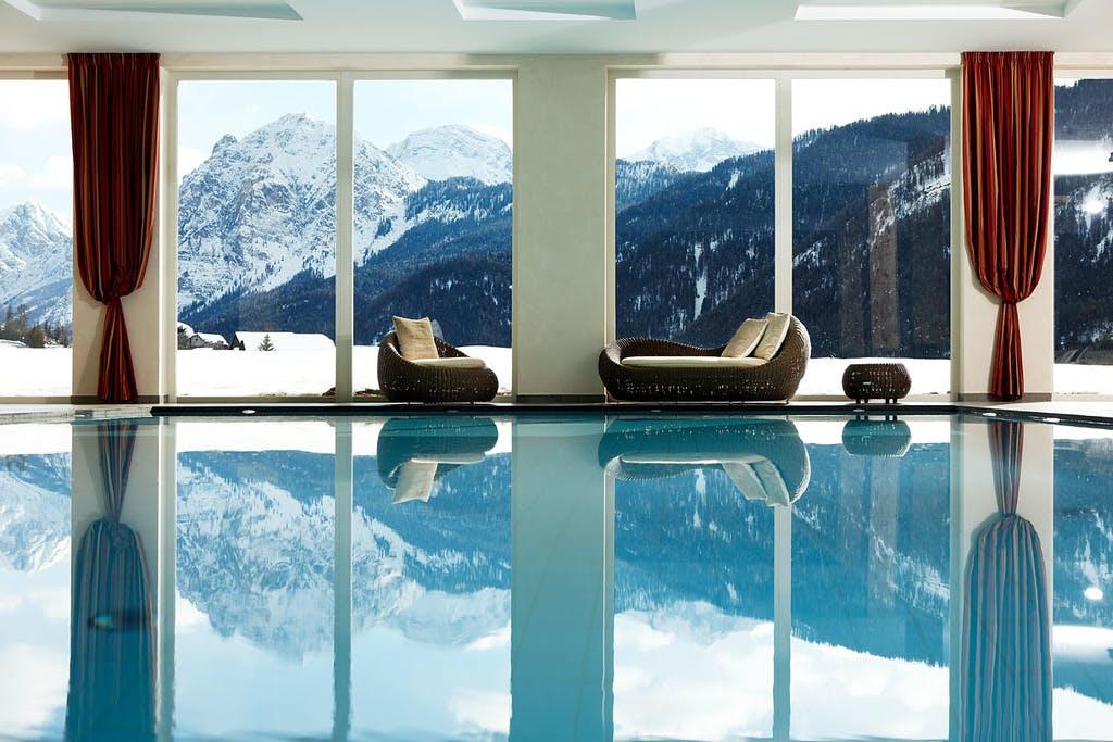 """Bella Vista Hotel Emma – Wellness u Dolomitima, San Vigilio di Marebbe, Italija – 4.891 HRK – 3x noćenje s polupansionom u Alpine Comfort sobi za 2 osobe, Alpski """"Pleasure-Seeker"""" paket"""