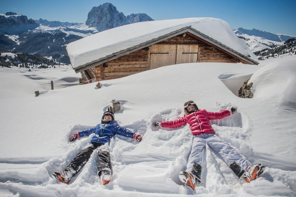 """Bella Vista Hotel Emma – Wellness u Dolomitima, San Vigilio di Marebbe, Italija – 6.449 HRK – 4x noćenje s polupansionom u Alpine Comfort sobi za 2 osobe, Alpski """"Pleasure-Seeker"""" paket"""