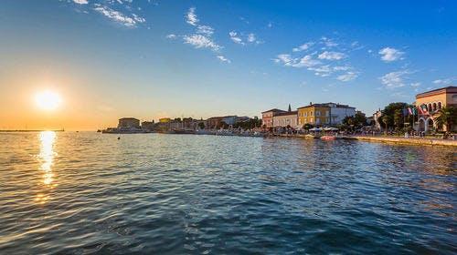 Valamar Riviera Hotel & Residence – Odmor u Poreču, Poreč, Istra, Hrvatska – 1.487 HRK – 2x noćenje u Junior Suiti pogled moreza 2 osobe (1 dijete do 13,99 godina besplatno), Doručak u restoranuSpinnaker