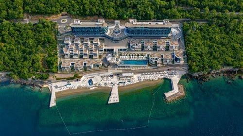 Hilton Rijeka Costabella Beach Resort & Spa, Rijeka, Hrvatska – 4.478 HRK – 3x noćenje u King Guestroom sobi s pogledom na more i balkonom za 2 osobe (1 dijete do 5,99godina besplatno), Bogati buffet dručak
